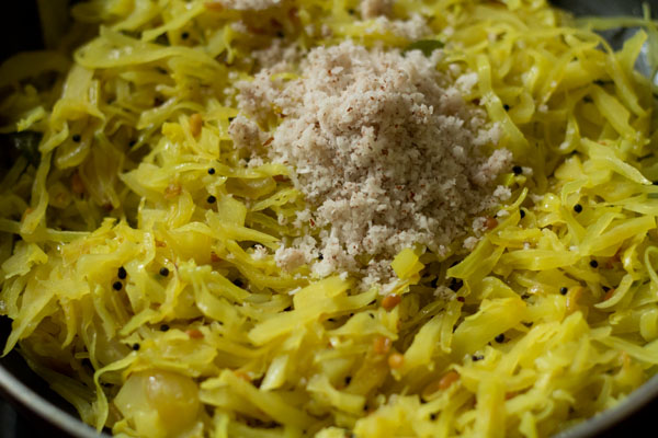 coconut for cabbage poriyal recipe