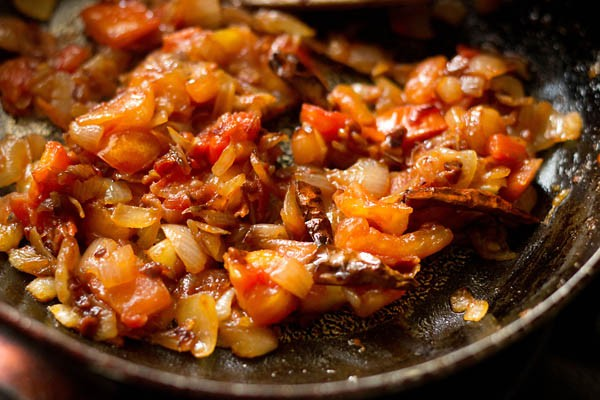 cooked tomatoes for onion tomato chutney recipe