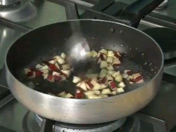Navratri Special: Dates  Apple Kheer