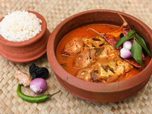 Grandma Fish Curry Recipe in Mud Pot