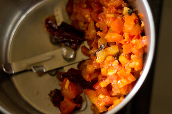 tomato mixture for chutney recipe